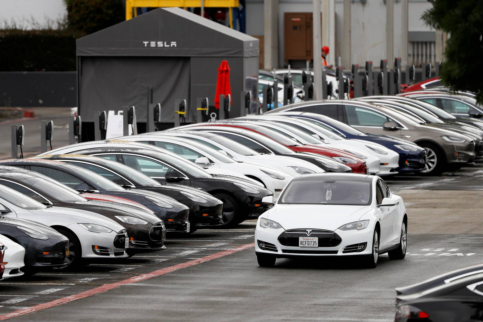 FILE PHOTO: Tesla's primary vehicle factory reopens in Fremont
