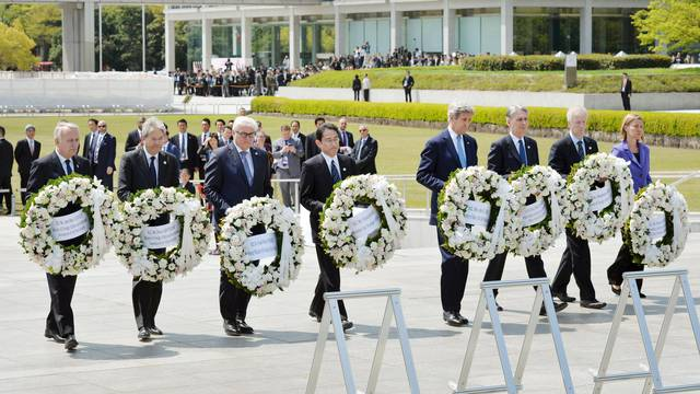 U.S. Secretary of State Kerry prepares to lay a wreath at the cenotaph at Hiroshima Peace Memorial Park and Museum in Hiroshima