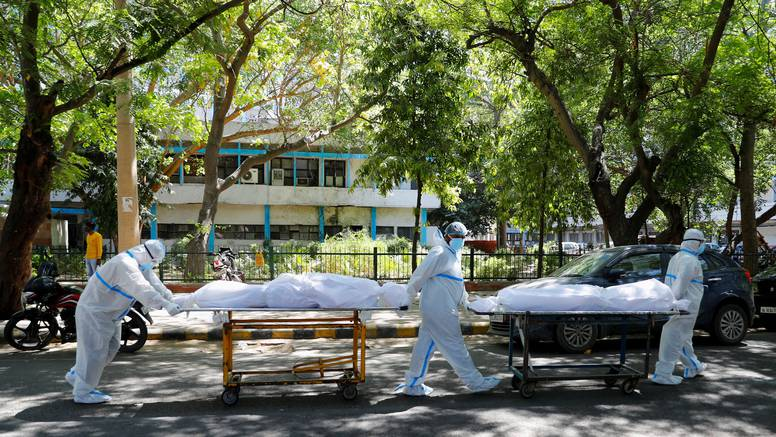 Katastrofa. Preko 4000 ljudi dnevno umire u Indiji od korone