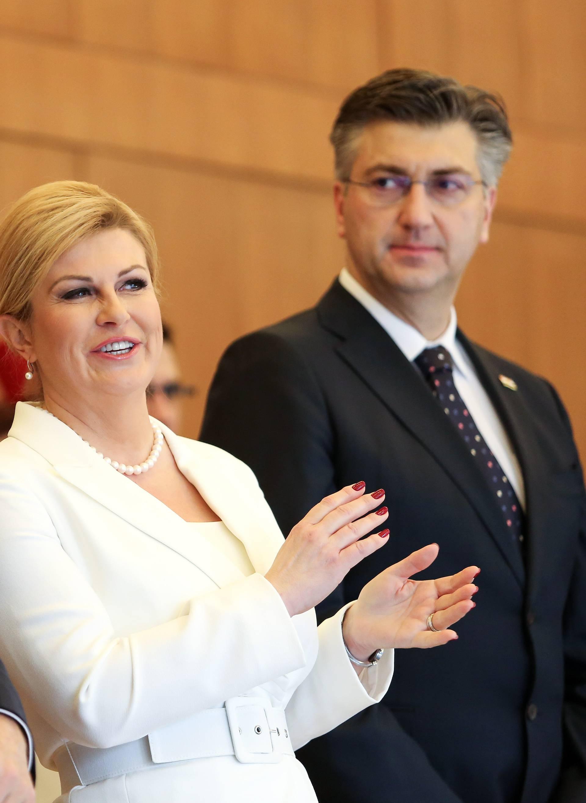 Zagreb: Predsjednica posmrtno odlikovala nadbiskupa zagrebačkog, kardinala Franju Kuharića