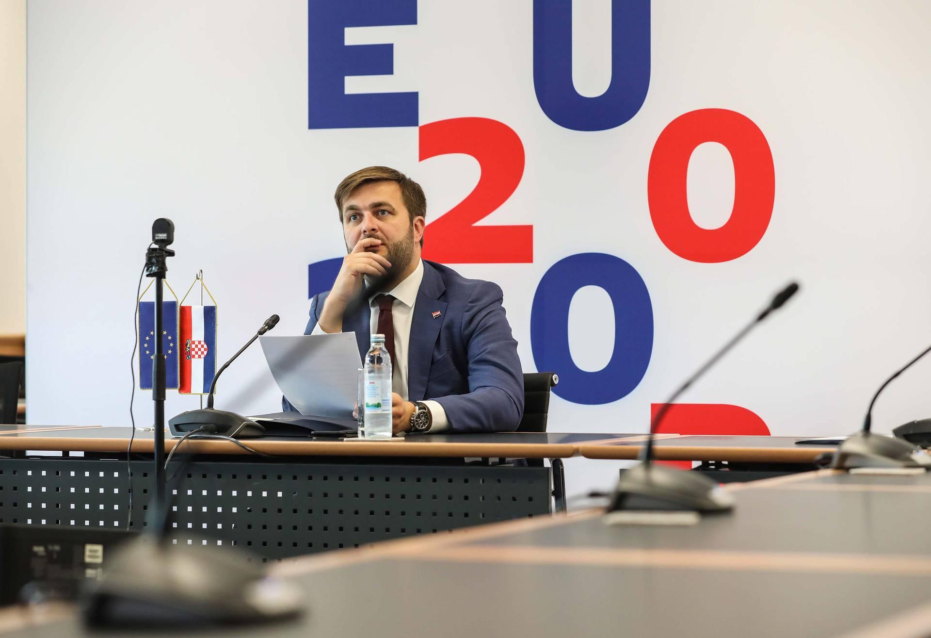 Ćorić: Plenković je u Zadru slijedio sve upute epidemiologa