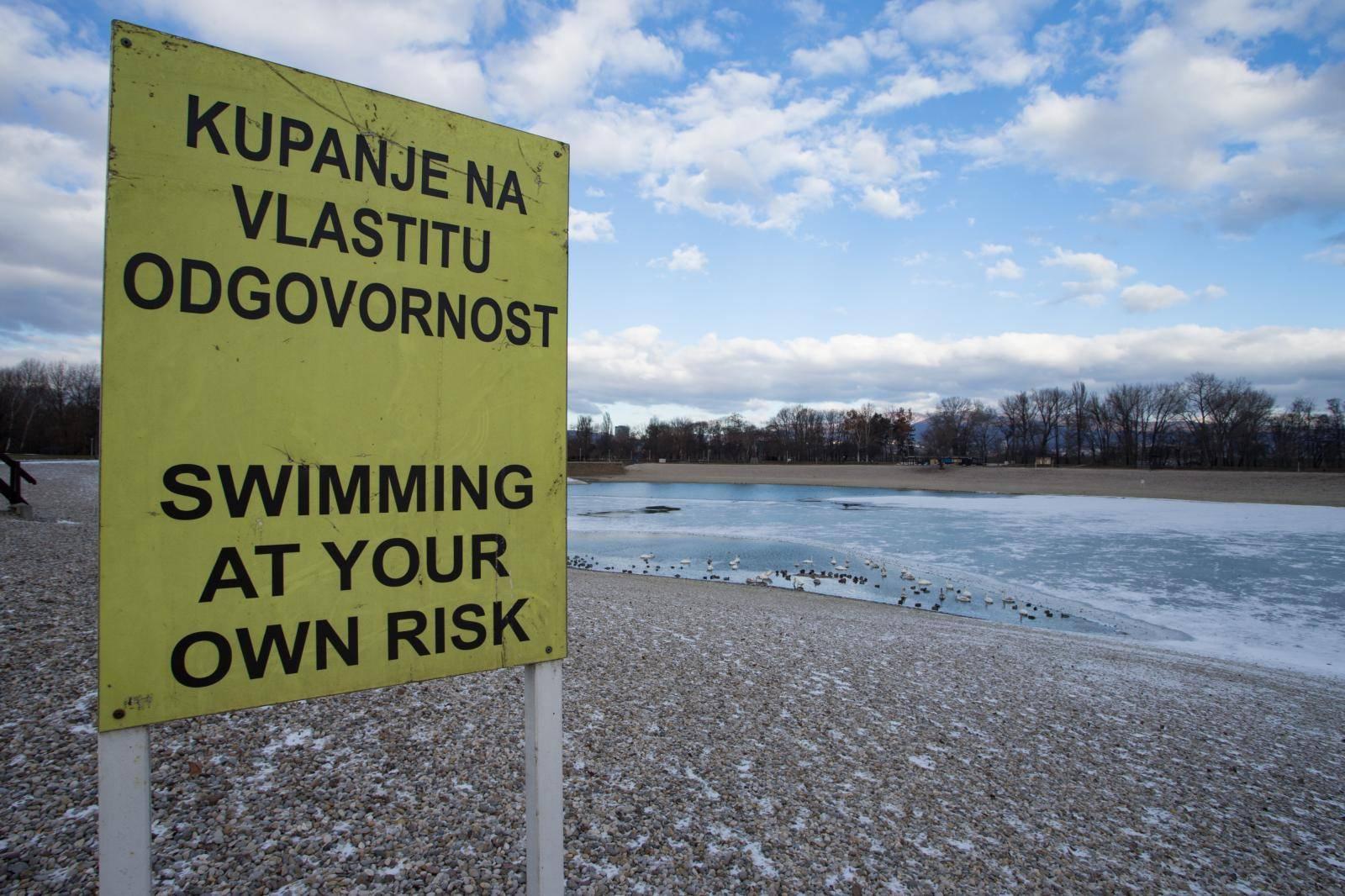 Zbog onečišćenja: Privremeno zabranili kupanje na Bundeku