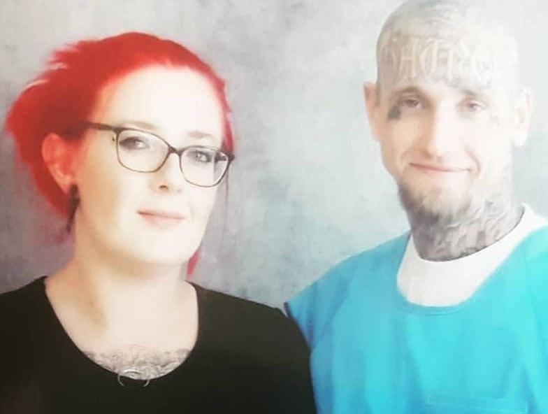 Ostavila djecu doma i otišla u SAD udati se  za - zatvorenika!
