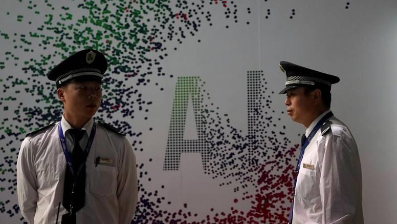 Dužnosnik Pentagona: Kina je dobila bitku za AI i na putu su prema globalnoj dominaciji