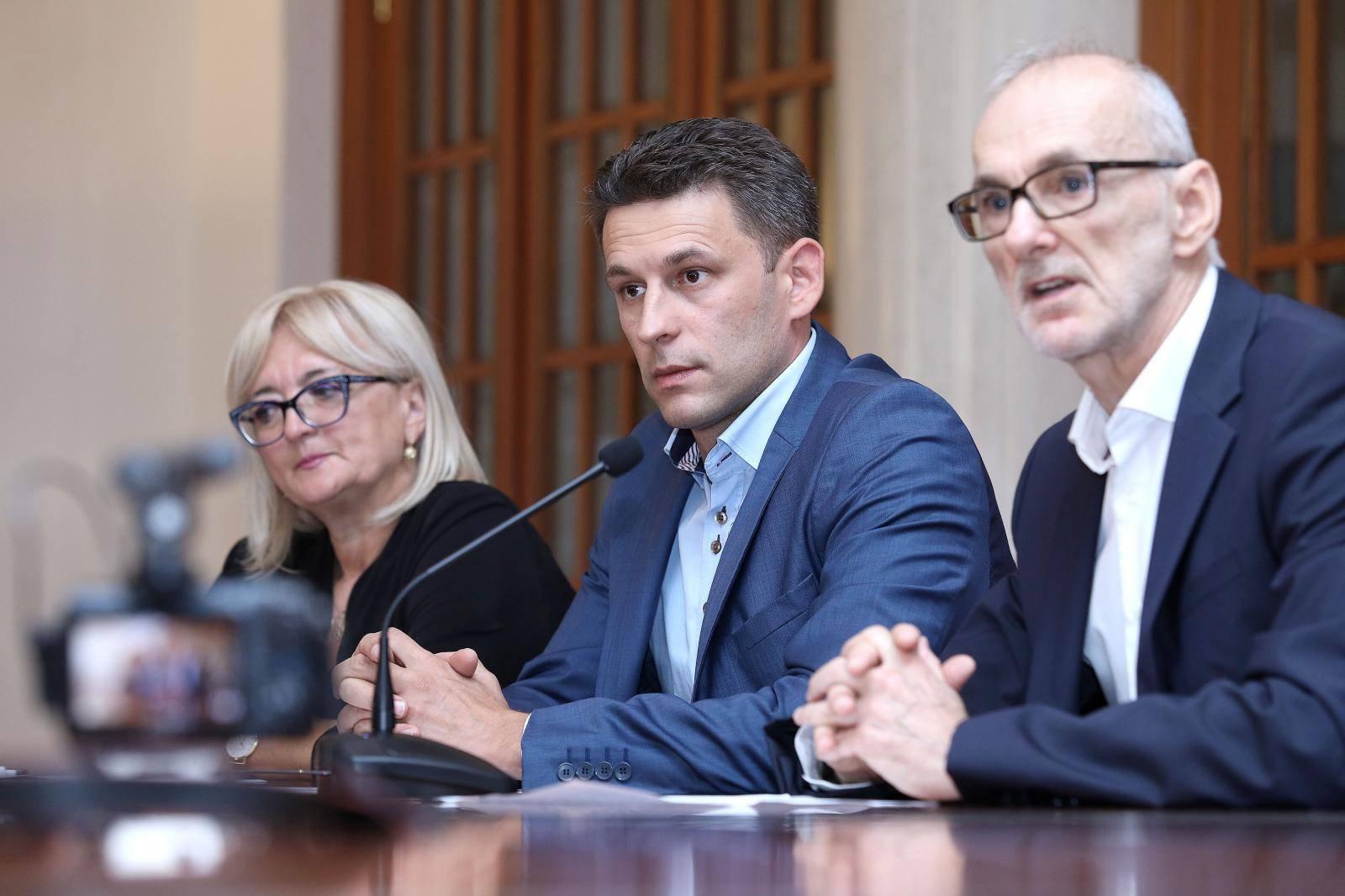 Zagreb: Konferencija za medije Mosta o izvanrednoj sjednici Sabora