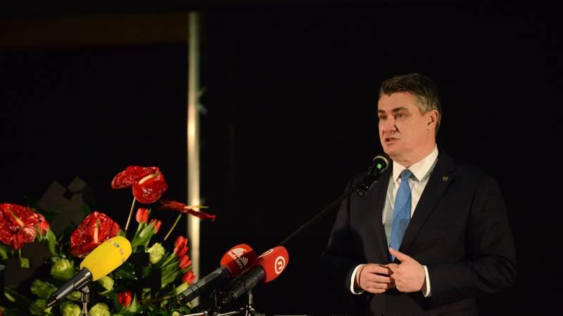Emotivan Milanovićev govor: 'Nisam rudarski unuk, ali je moj dido radio u rudniku u Sinju'
