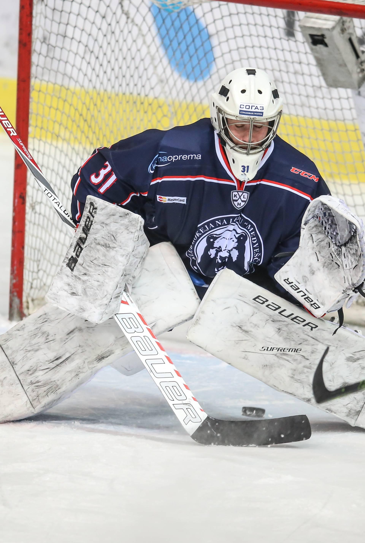 KHL Medvescak -Admiral Vladivostok