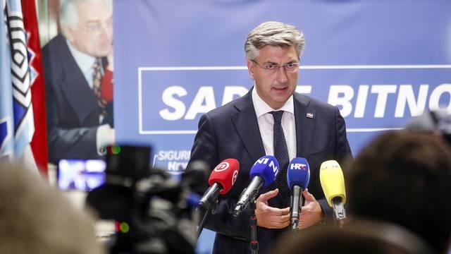 Zagreb: Andrej Plenkovic dao izjavu medijima nakon sjednice Predsjedništva HDZ-a