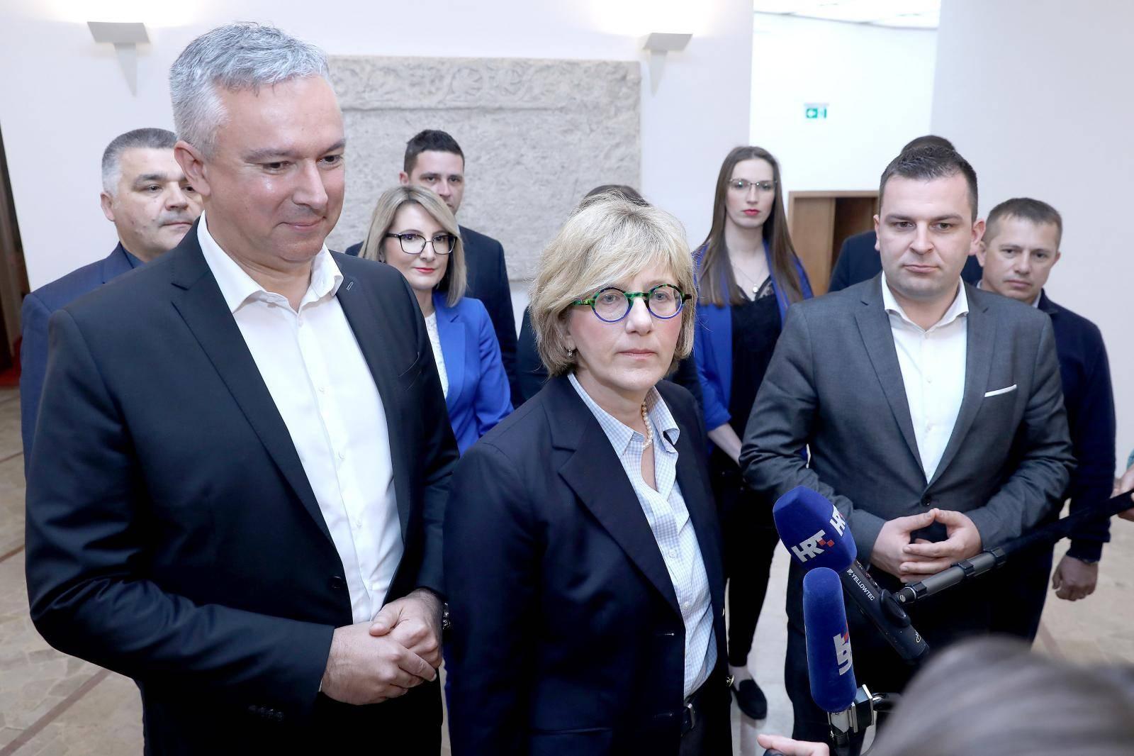 Zagreb: HSLS predao kandidacijske liste za EU parlament