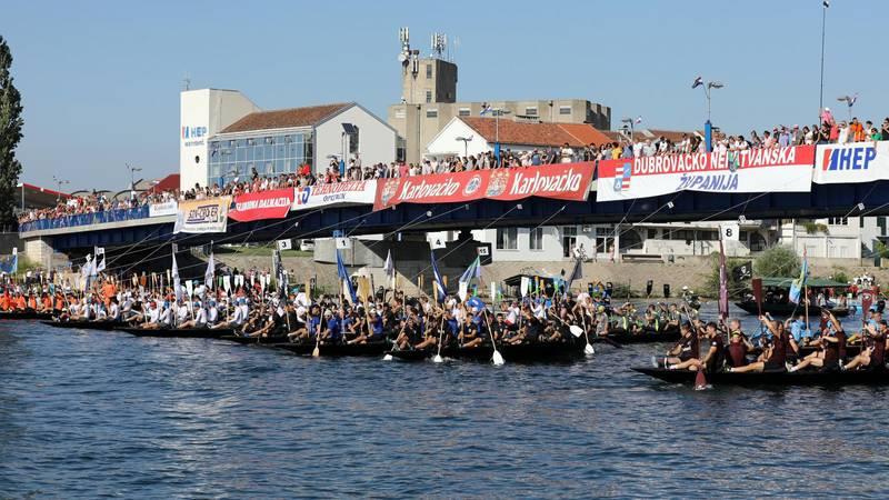 Maraton lađa- 35 posada u utrci za veliki štit kneza Domagoja