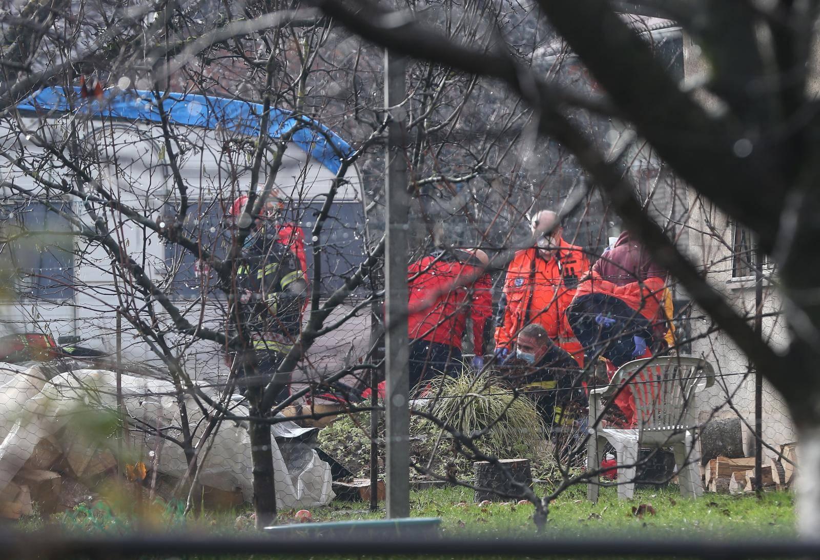 Potresne scene u Petrinji: Dali su sve od sebe da spase život volonteru. Preminuo je...