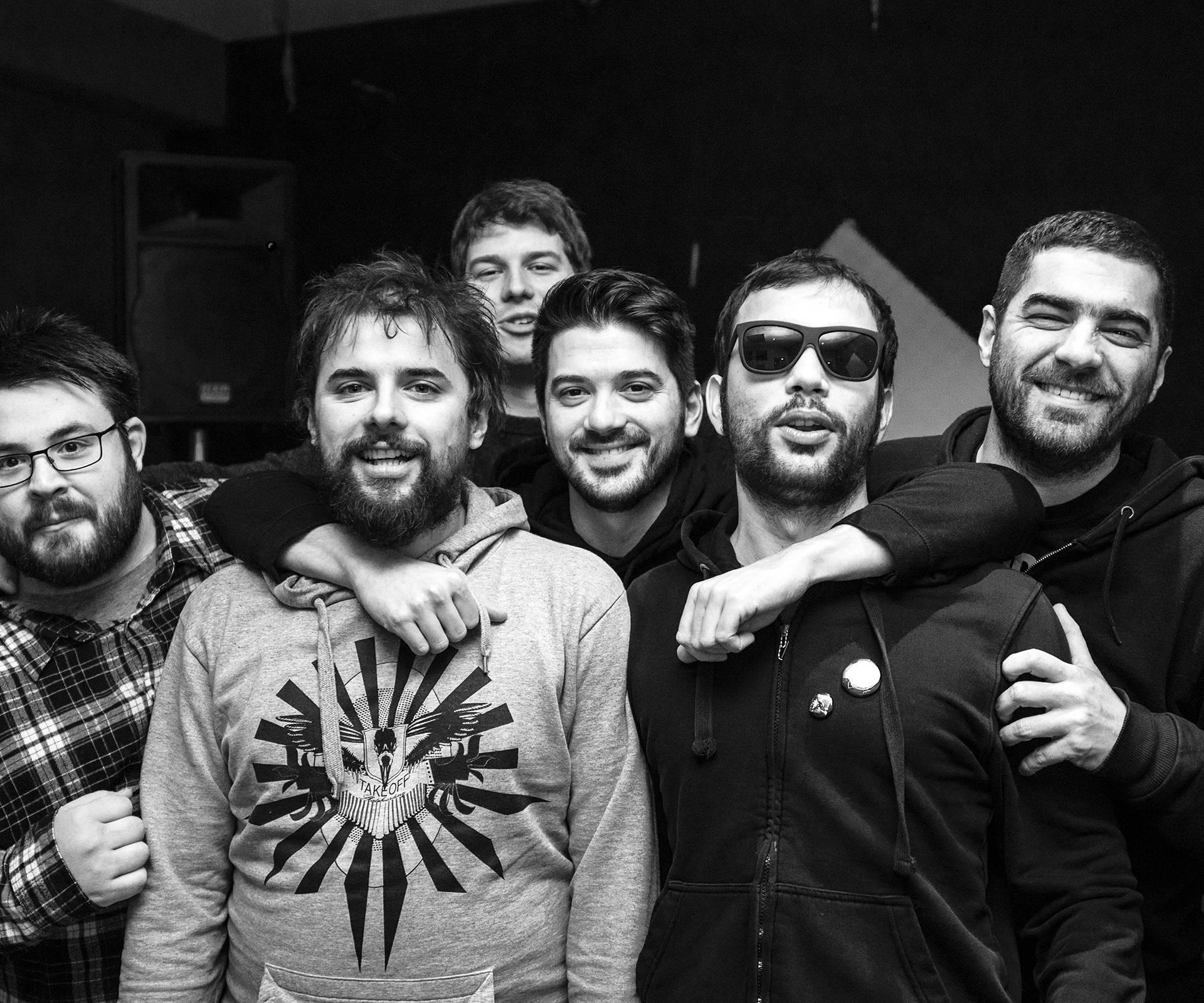 Punk rock bend Mašinko kao predgrupa Dubioza Kolektivu