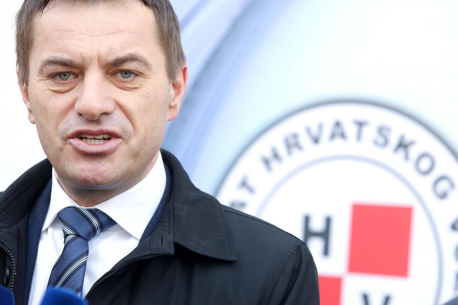 Zagreb: Miljenko Gočin održao konferenciju o zakonima koji nisu jednaki za sve