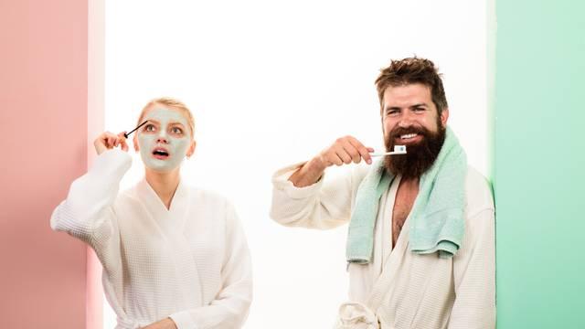 Zašto žene koriste šest kremica na dan a muškarci samo vodu i sapun - i kako to promijeniti?