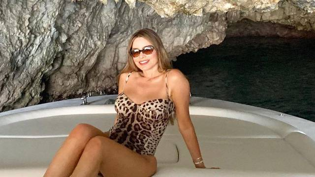 Vergara pokazala fotku u badiću staru 30 godina: 'I dalje si top'