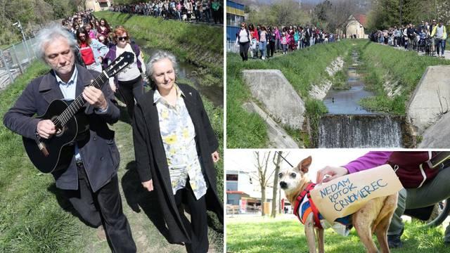 Rundek protiv betoniranja, uz njega za potok šetalo 300 ljudi