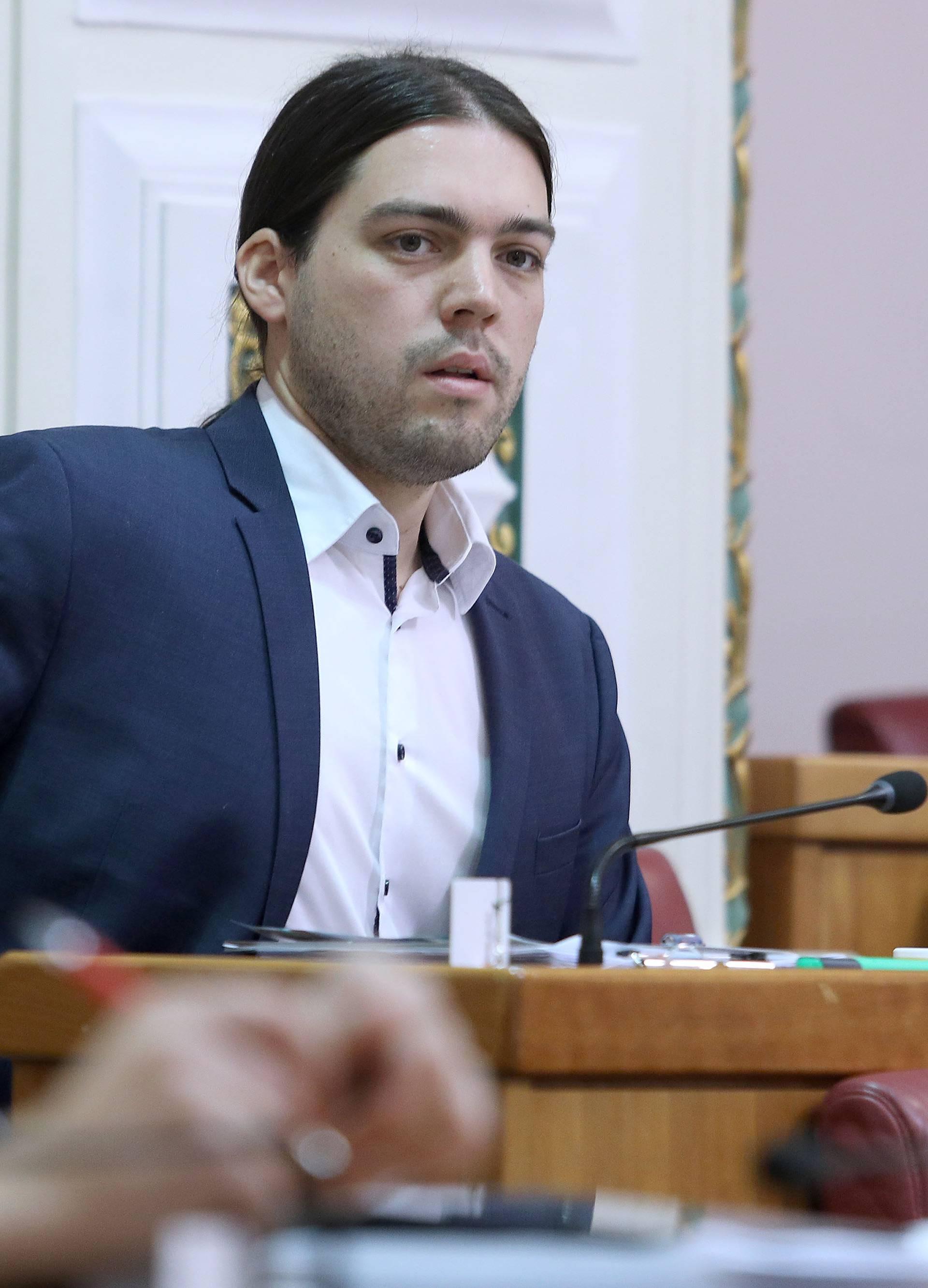 Zagreb: Sabor raspravlja o paketu poreznih zakona