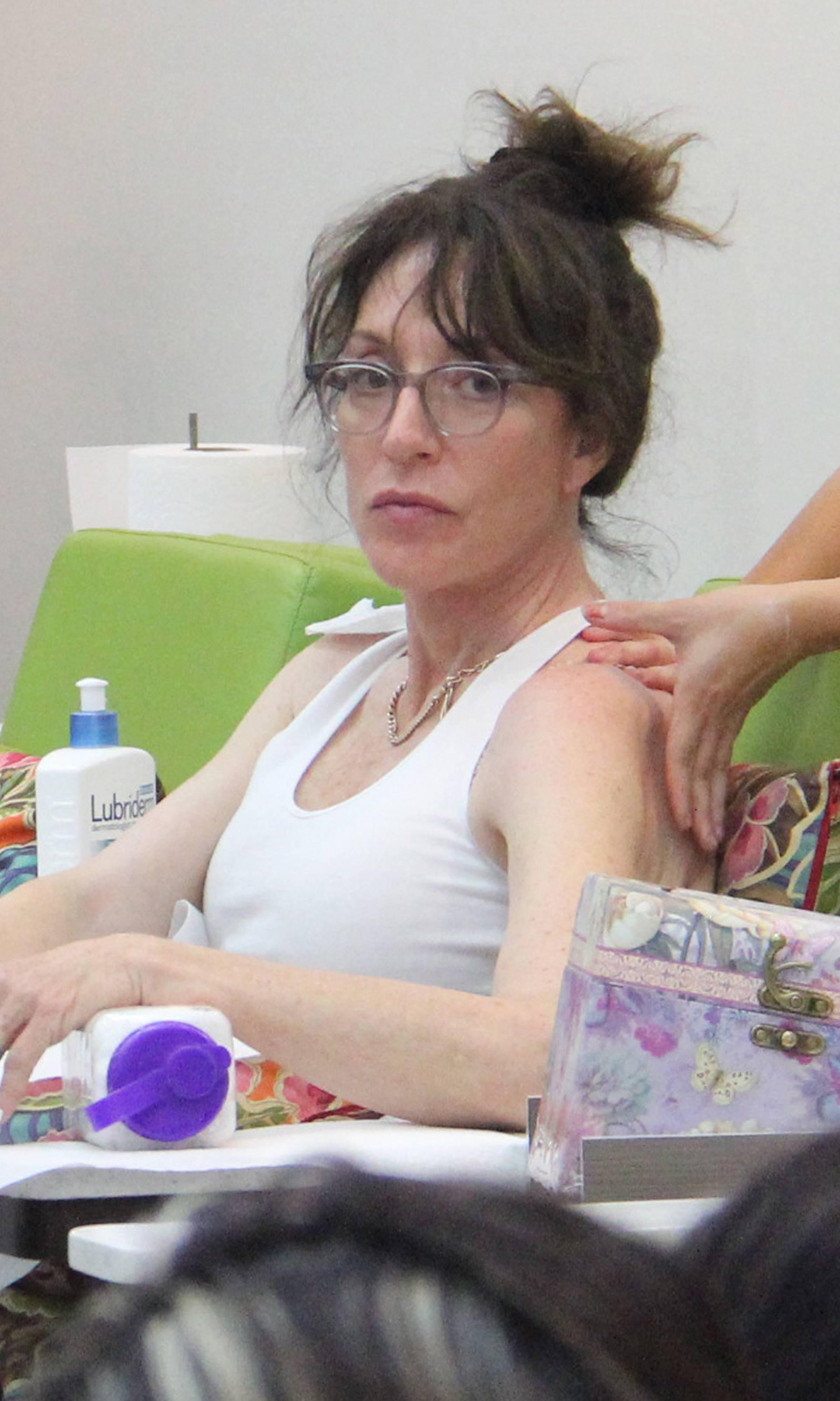 Katey Sagal treats herself to a salon day