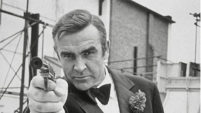 Pištolj Seana Conneryja iz prvog filma o Jamesu Bondu prodan je  za vrtoglavih 1,6 milijuna kuna