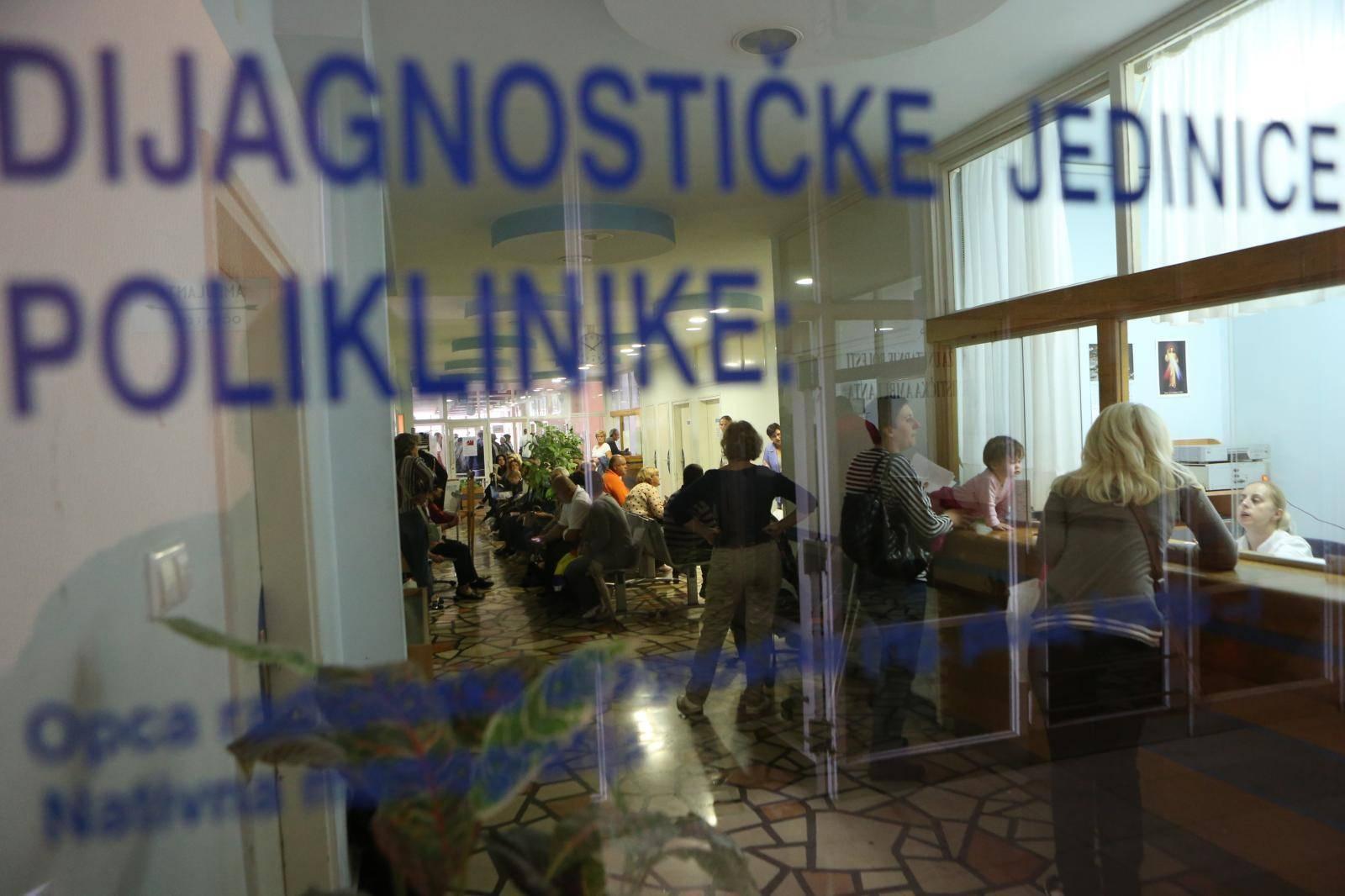U BiH nije kraj epidemiji: Još 14 novozaraženih, svi iz Tešnja
