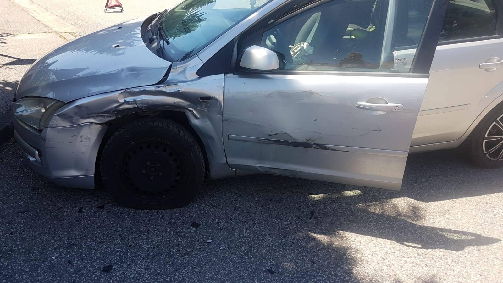 Sudarili se na Trešnjevci, dobio udarac u bočni dio automobila