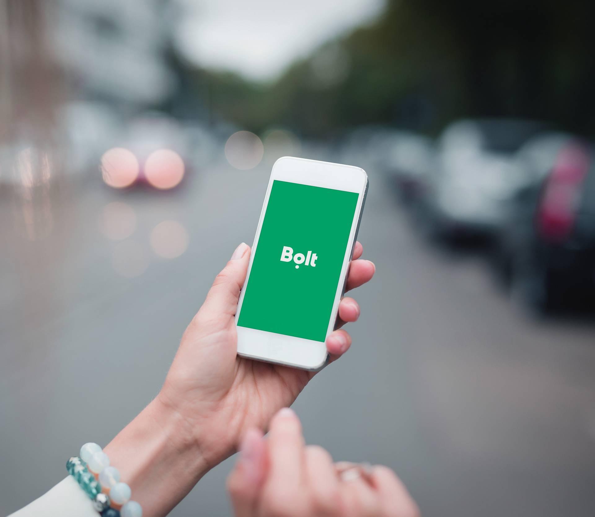 Taxify je sada postao Bolt, ne žele ljude voziti samo u autima