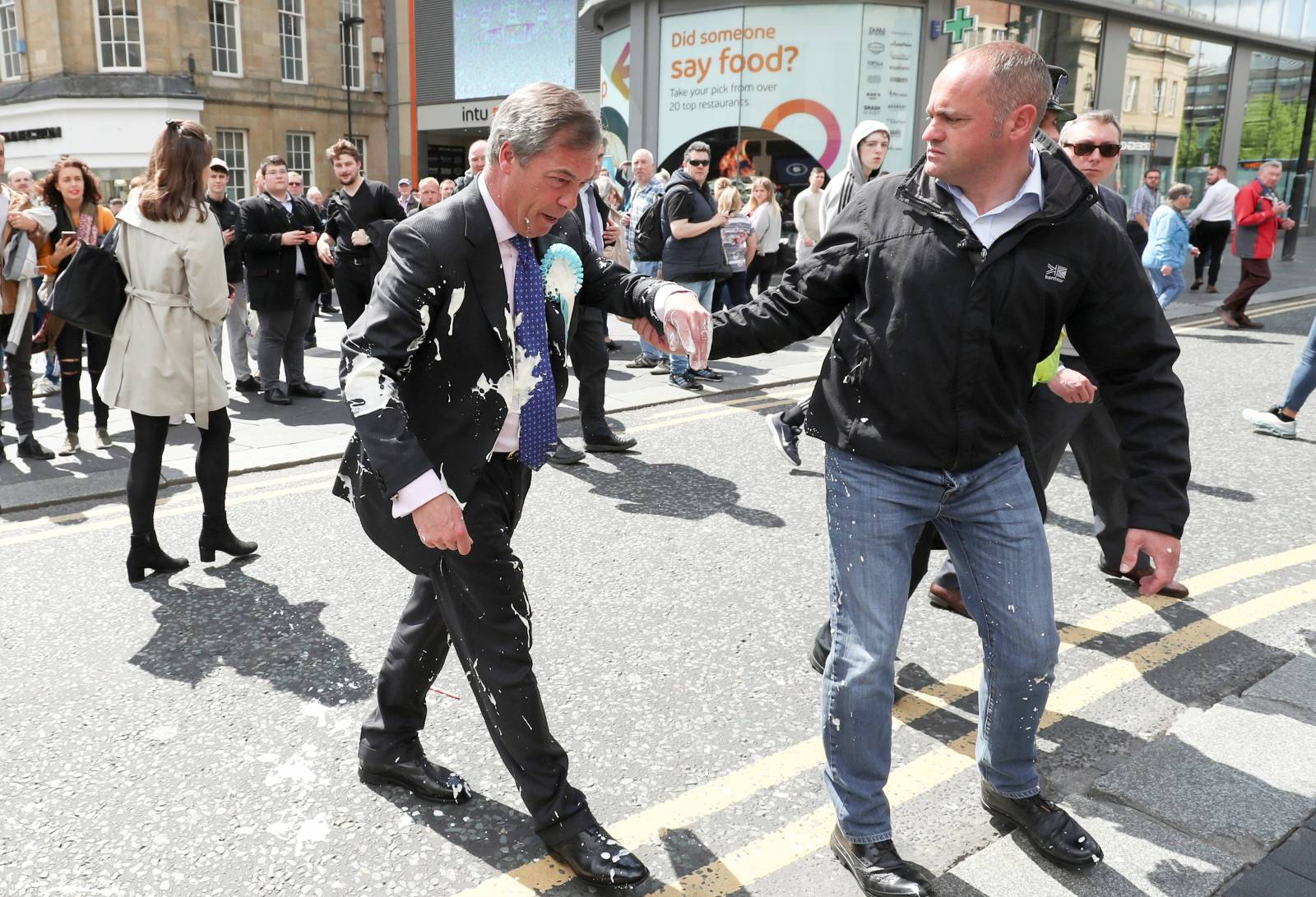 Nigel Farage and Brexit Party candidates campaign in Newcastle