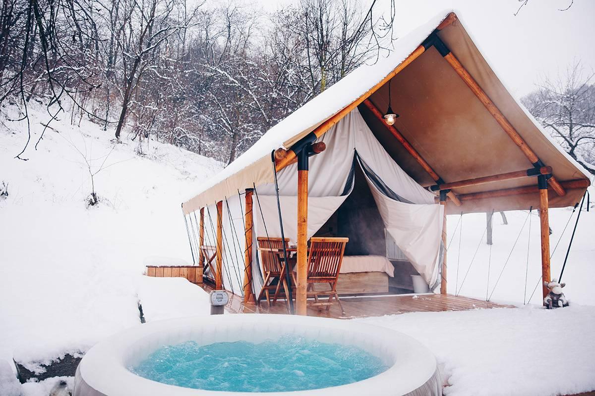 Snježni glamping: Prijedlozi za fantastične izlete po Sloveniji
