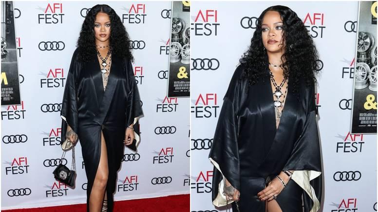 Rihanna se 'borila' s kućnim ogrtačem, skoro pokazala sve