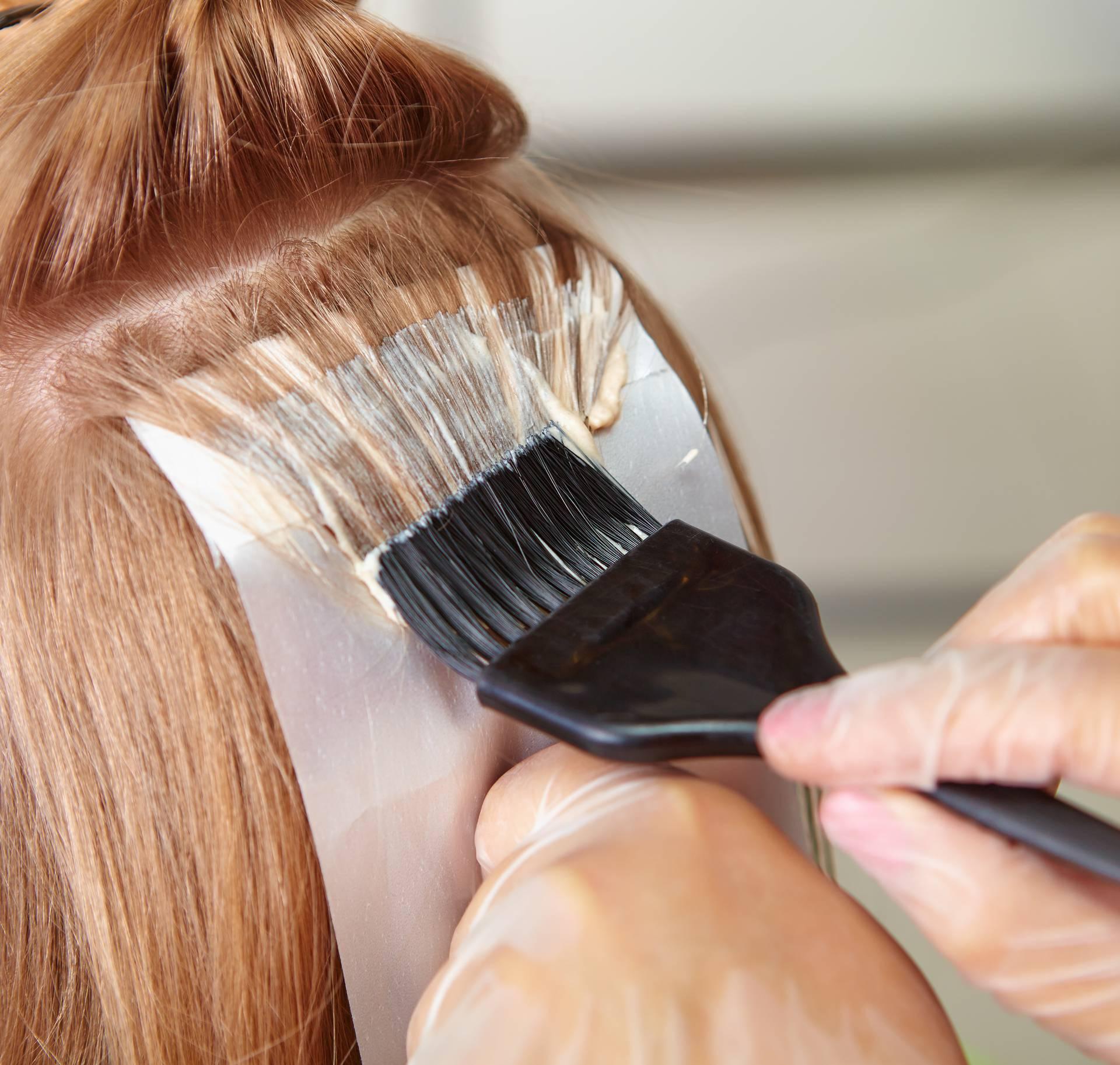 Dva trika kako 'zamaskirati' izrast do idućeg farbanja kose