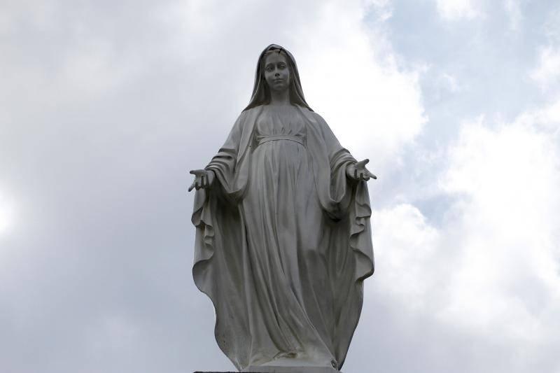 Sveta misa: Tisuće vjernika pohrlilo ka Gospi Dragotinskoj