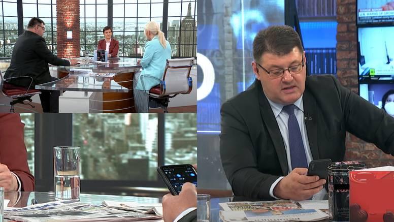 Srpski voditelj postao je hit na internetu: Za vrijeme intervjua s Brnabić surfao i dopisivao se?