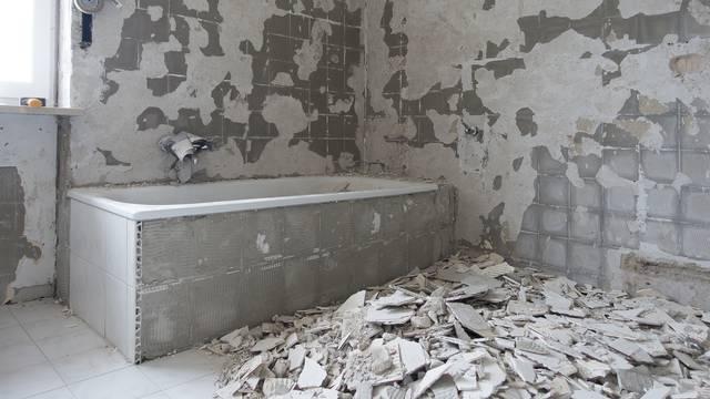 Uređivao kupaonicu i zaglavio u ljestvama: Bio tamo pet dana