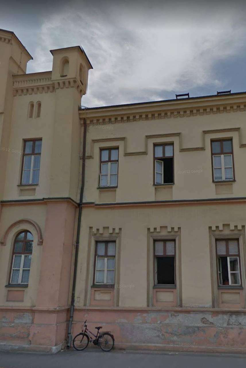 Nevjerojatno Mladic Pobjegao Iz Palace Pravde U Bjelovaru 24sata
