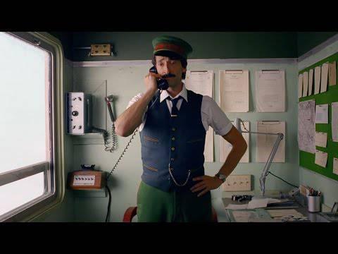 Još jedna preslatka reklama - Adrien Brody spašava Božić...
