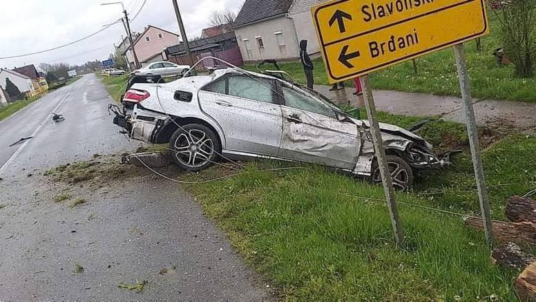 Vozio je 150 km/h?! Triput brže od dopuštenog, zabio se u stup pa ogradu i poginuo na mjestu