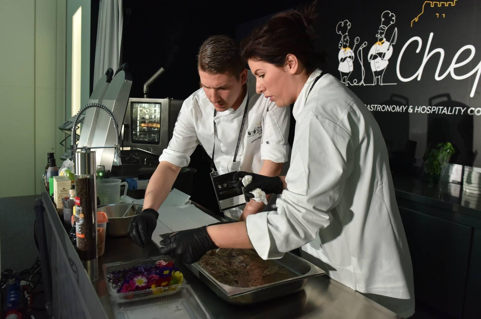 """Šibenik: Održana panel diskusija """"Sustainability"""" u sklopu gastro kongresa Chef's Stagea"""