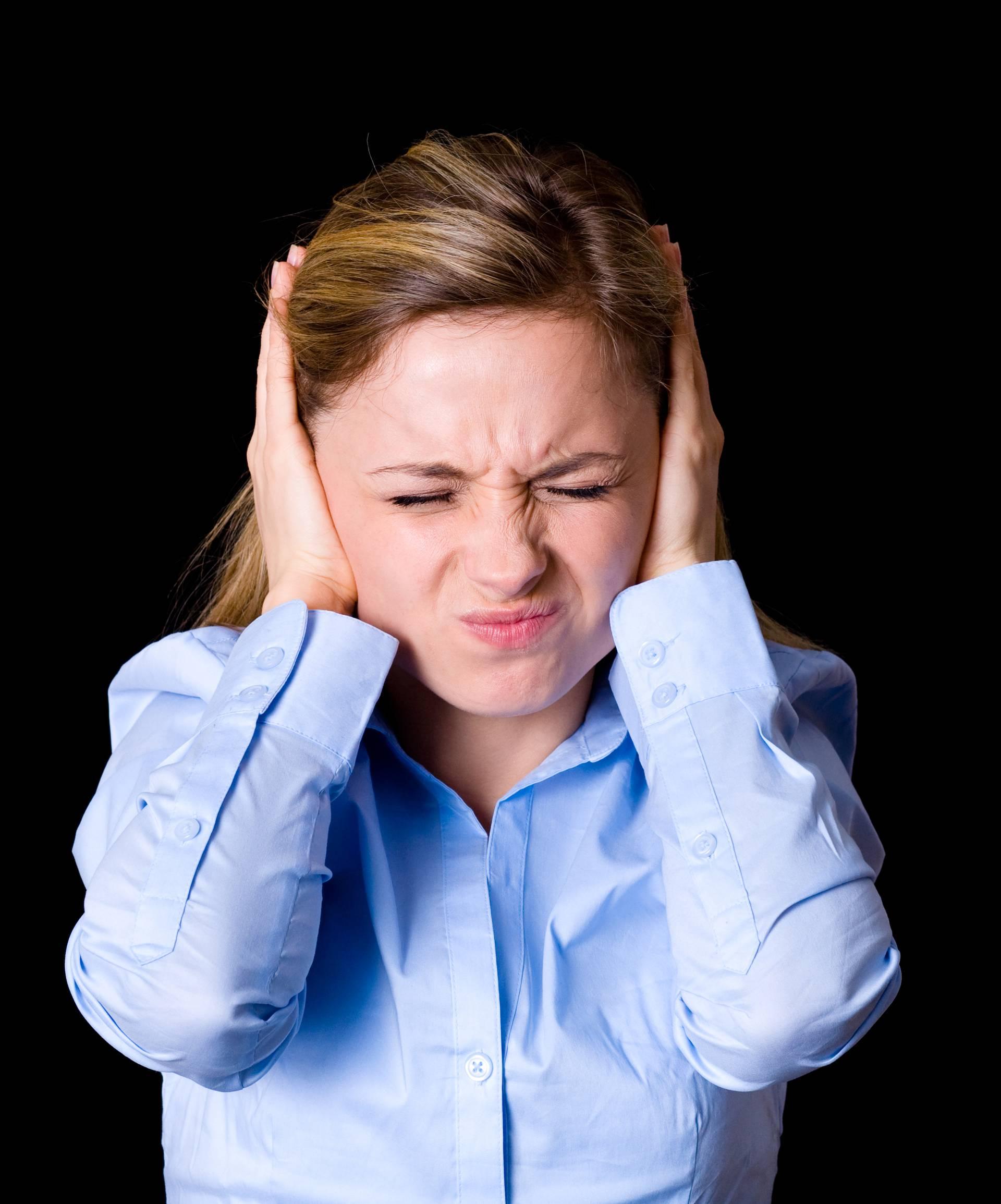 Simptom sa sto lica: Šumi vam u uhu? Ne pretjerujte s kavom!