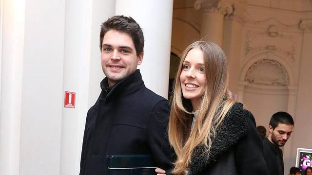 Zagreb: Poznati na premijeri predstave Glumica