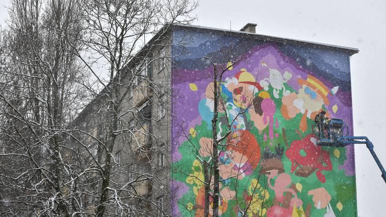 Volovčica dobila novo, šareno ruho: Ekipa Graffiti na Gradele oslikala je još jednu zgradu