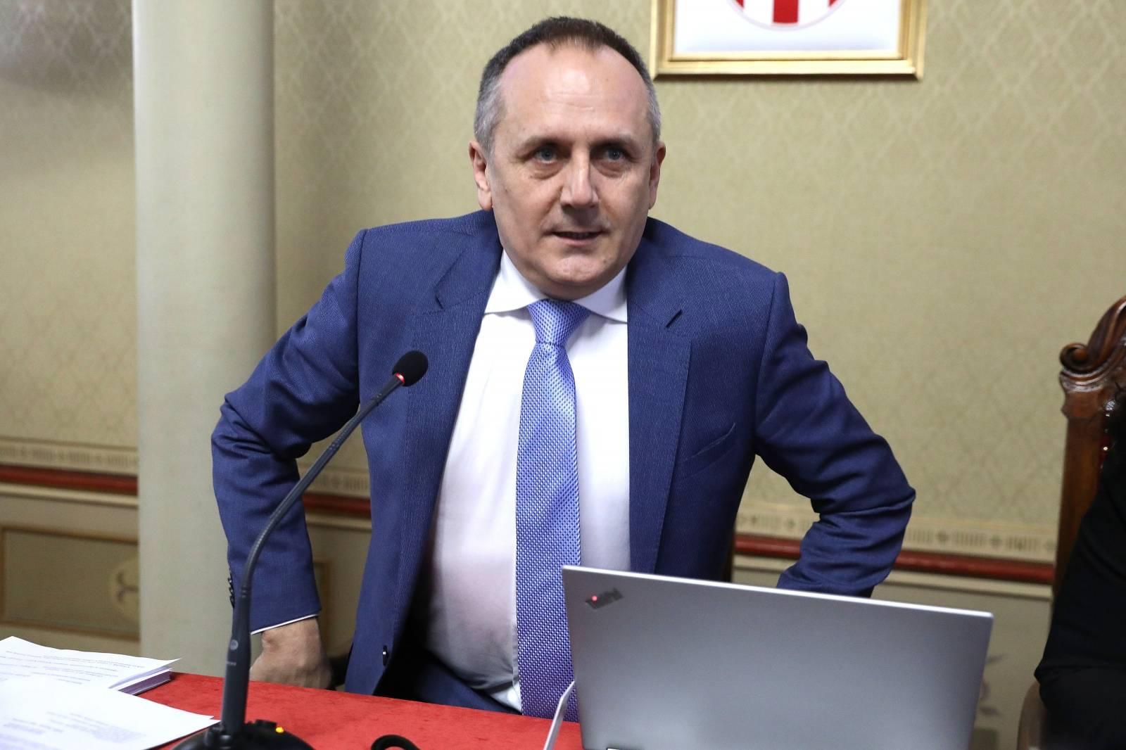 Sjednica Gradske skupštine - gradonačenik i njegova stranka povukli amandmane