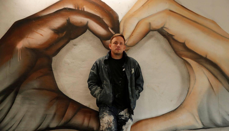 Umjetnošću protiv rasizma: Britanski ulični umjetnik izradio je predivan mural u tunelu