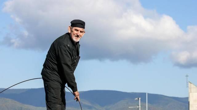 S dimnjačarom Markom u šetnji po zagrebačkim krovovima: 'Neki zaigraju Loto kad me vide'