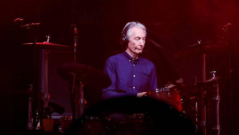Mnogi poznati opraštaju se od srca Stonesa, bubnjara Wattsa