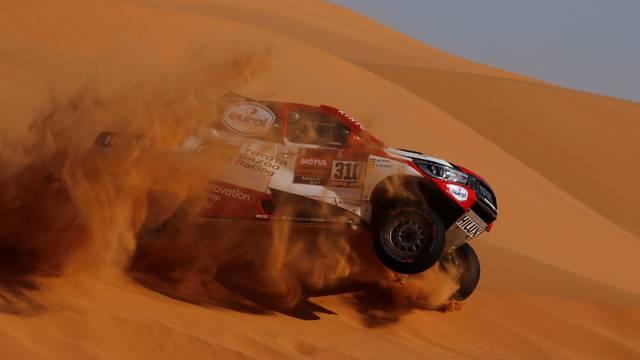 Auf, ovo je boljelo! Fernando Alonso se prevrtao po pustinji