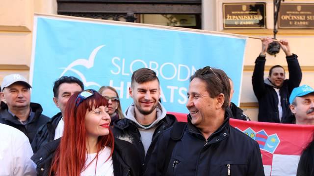 Petrina zbog Maje Šupe doveo autobus prosvjednika u Zadar