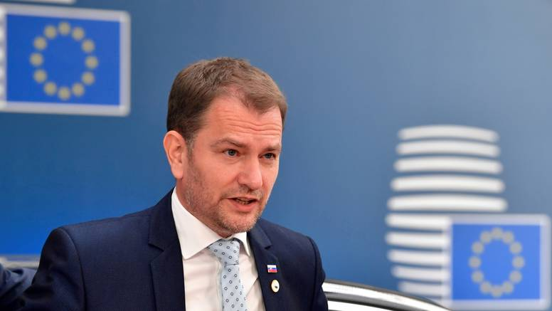 Slovački premijer požuruje EMU da ubrza odobrenje cjepiva: 'Mi čekamo, u pitanju su životi...'