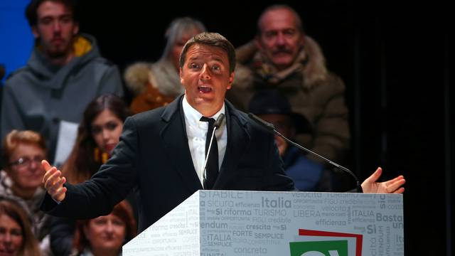 "Italian PM Renzi speaks during the last rally for a ""Yes"" vote in the upcoming referendum about constitutional reform, in Florence"