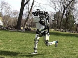 Stroj koji trči skoro kao Usain Bolt: Atlas je robot novog doba