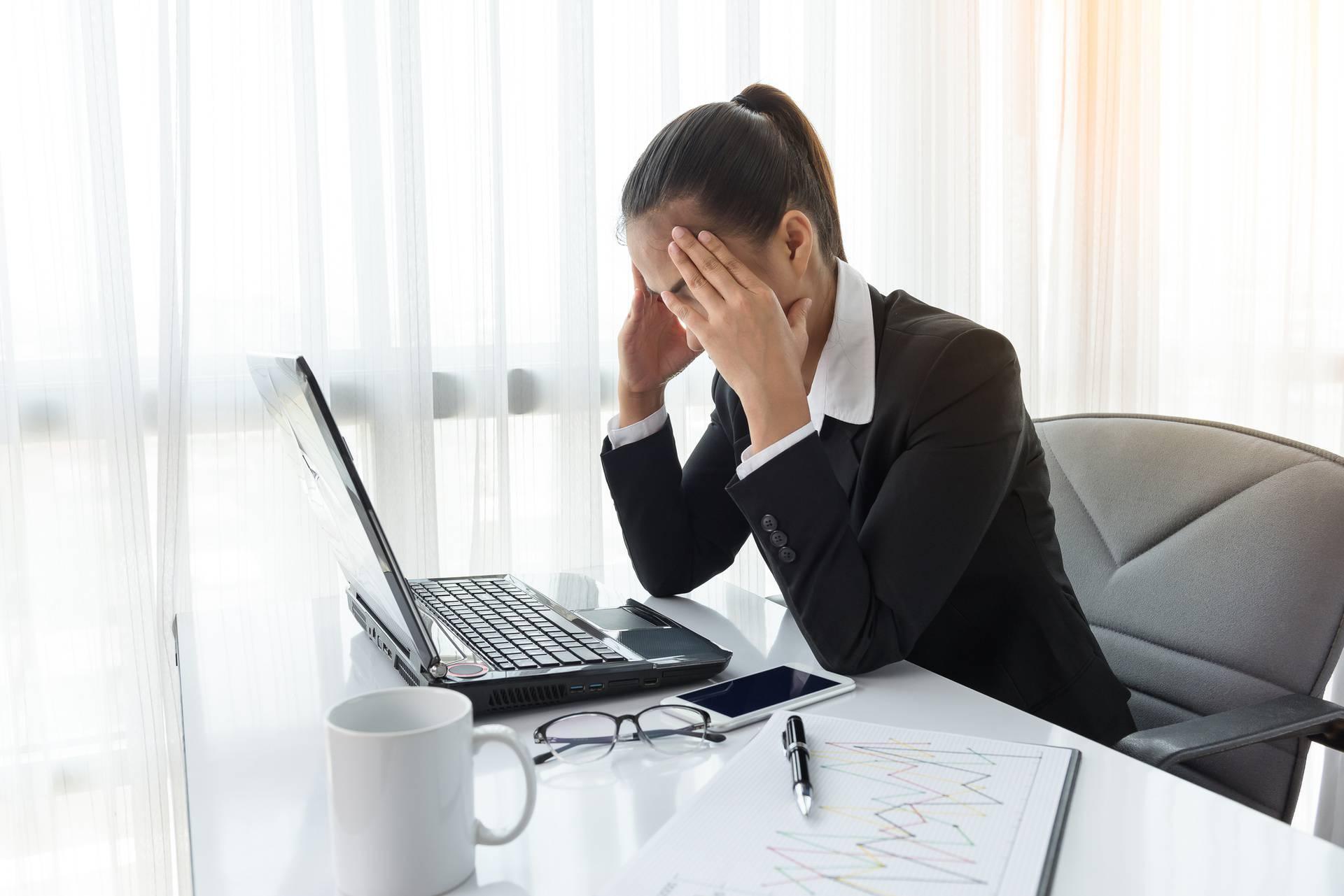 Znakovi da vam posao ne samo kvari život - već vas i uništava